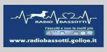 """<span lang =""""it"""">Radio Bassotti</span>"""